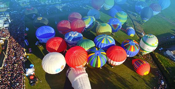 Festival de Balonismo em Torres